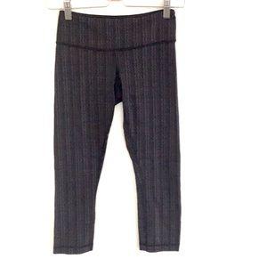 Lululemon Wunder Under cropped leggings size 4 EUC
